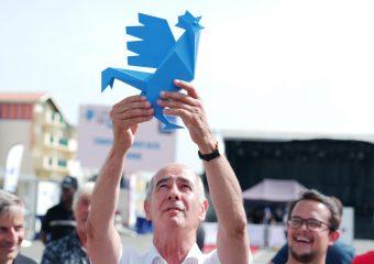 Le coq bleu fait le beau à Vieux-Boucau