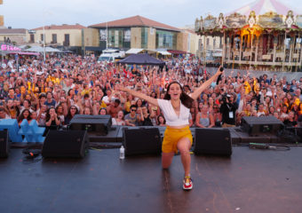 Le French Fab Tour et ses artistes enflamment la scène de Lacanau